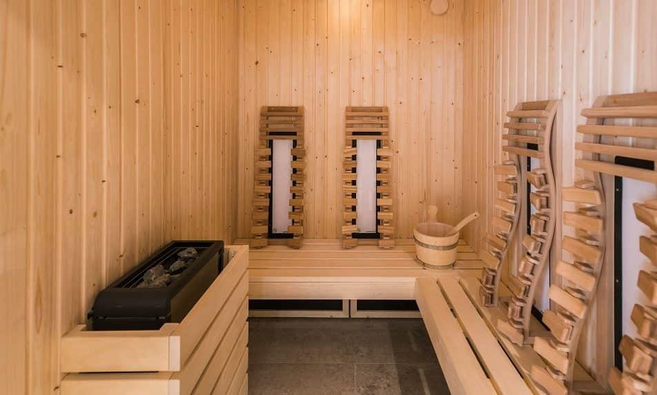 Sauna, hammam, salle de luminothérapie... Vous profitez de ces espaces quand vous voulez !