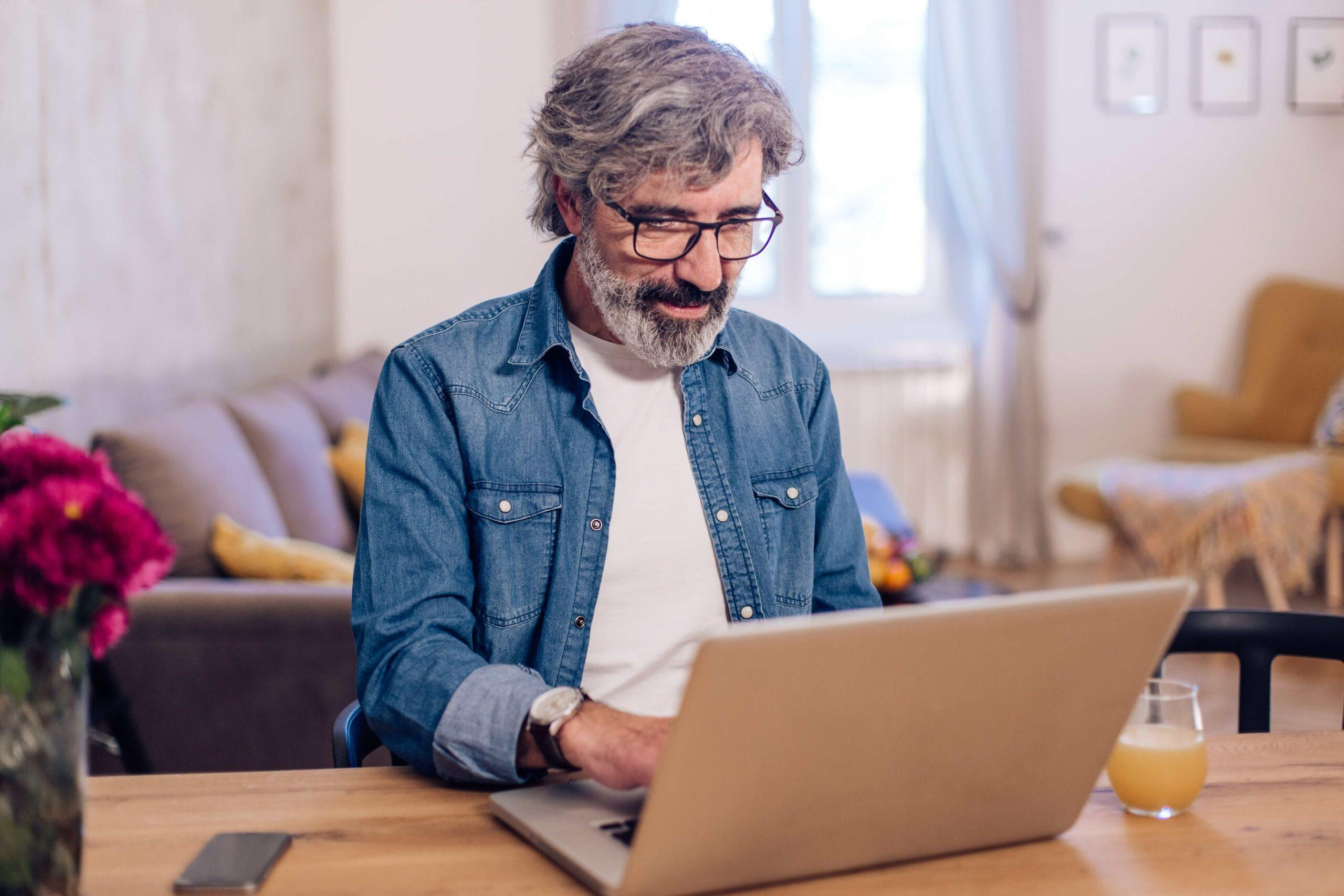 Vente en ligne : comment repérer les arnaques ?